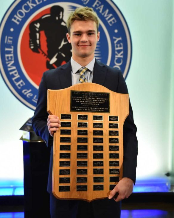 Shane Wright of the Kingston Frontenacs was preseted with the Jack Fergusn Award at the 2018-19 OHL Awards Ceremony at the Hockey Hall of Fame in Toronto on Wednesday June 5, 2019. Photo by Aaron Bell/CHL Images